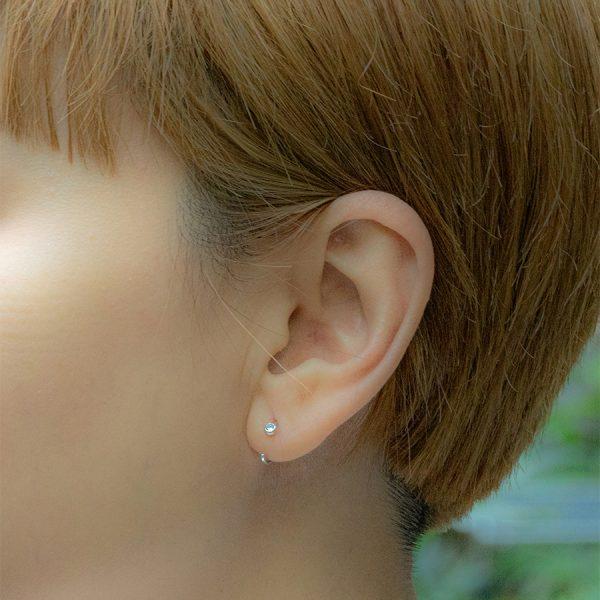 Chloe Huggie Earring